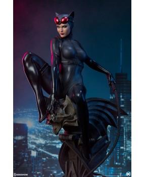 DC Comics: Catwoman Premium...